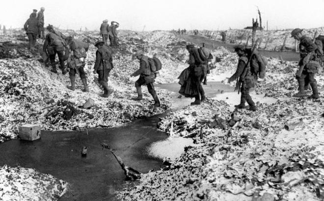 Cuộc sống trong nhà thổ và mảng tối đời sống binh lính thời Thế chiến thứ nhất - Ảnh 6.