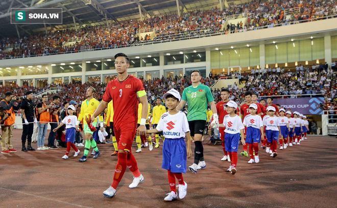 """Báo Myanmar """"ngán"""" hàng thủ của thầy Park"""