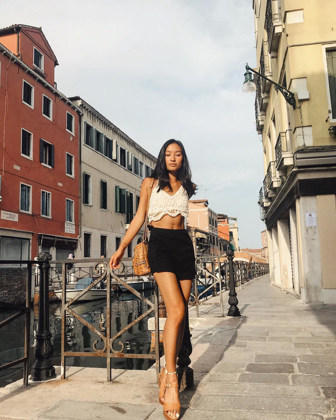 Con gái 21 tuổi của đạo diễn gốc Việt thành công nhất thế giới: Gương mặt đậm chất điện ảnh, vóc dáng nuột nà - Ảnh 9.