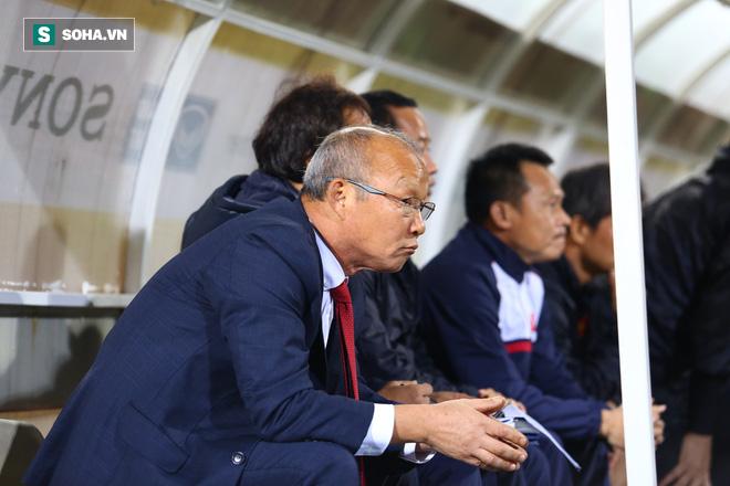 Trước giờ bán kết, ai cất hộ gánh nặng trên lưng HLV Park Hang-seo đây? - Ảnh 4.