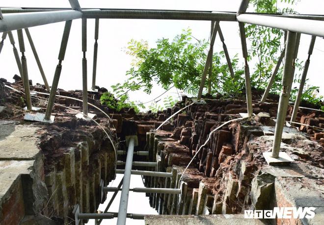 Mang sắt thép quây chằng chịt chống đỡ phật viện lớn nhất Đông Nam Á - Ảnh 7.