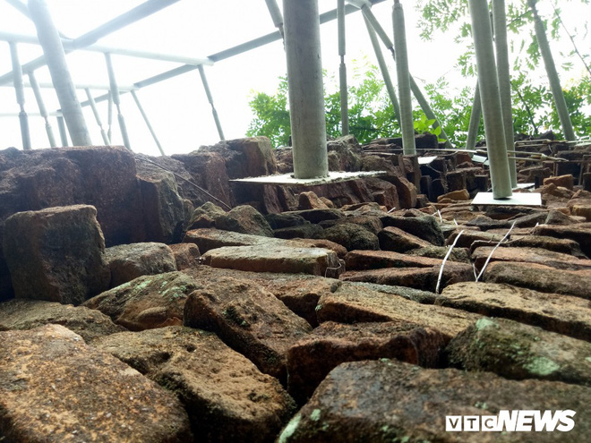 Mang sắt thép quây chằng chịt chống đỡ phật viện lớn nhất Đông Nam Á - Ảnh 10.