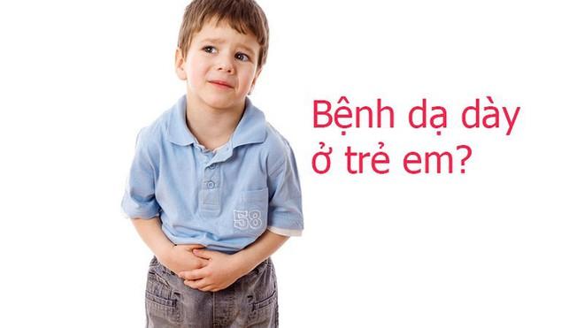 Nhiều trẻ còn rất nhỏ đã viêm dạ dày: BS tiết lộ nguyên nhân khiến nhiều cha mẹ giật mình - Ảnh 1.