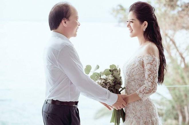 Đinh Hiền Anh tiết lộ về cuộc sống cùng chồng là Thứ trưởng Bộ Tài chính - Ảnh 3.
