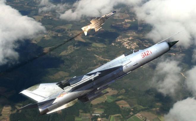 Trung đoàn 921 về Yên Bái: Su-22 đoàn KQ Sao Đỏ rời Hà Nội, lên chốt giữ vùng Tây Bắc - Ảnh 1.