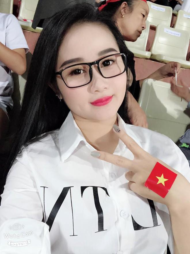 Bạn gái cầu thủ Tiến Linh: Là giáo viên dạy múa body nóng bỏng, từng đóng cả phim truyền hình! - Ảnh 5.