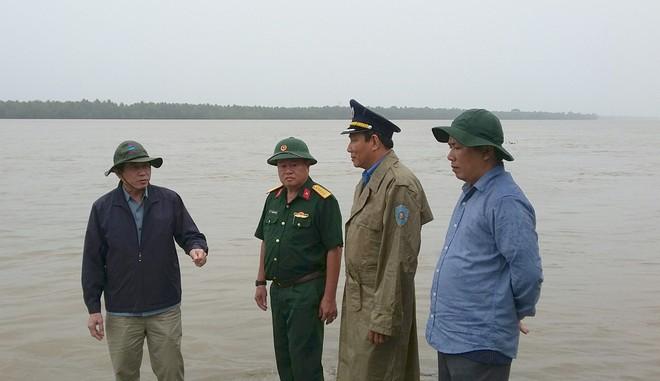 Tiền Giang, Bến Tre có mưa nhiều nơi, gió thổi mạnh - Ảnh 1.