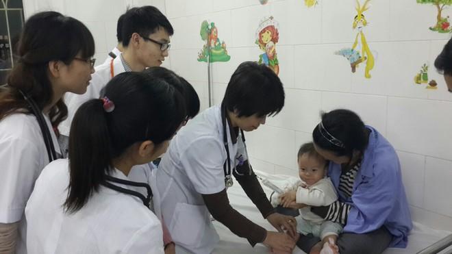 Nhìn thấy vòng mờ mờ quanh mắt: Cảnh báo căn bệnh nguy hiểm ở trẻ nhỏ - Ảnh 1.