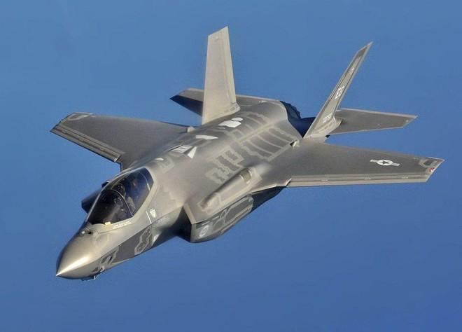 F-35 sẽ tan xác trong không chiến, nếu Mỹ không rút ra bài học từ thảm bại của F-105 ở Việt Nam - Ảnh 1.