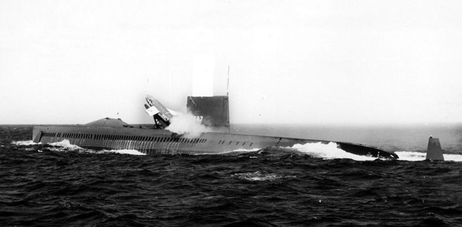 Mỹ có thể phát triển tàu ngầm sân bay trước những đe dọa mới của tên lửa chống tàu Trung Quốc - Ảnh 1.