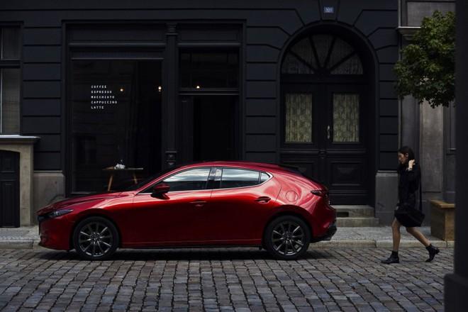 Mazda 3 (2019) chính thức ra mắt với thiết kế đẹp bóng bẩy như xe sang - Ảnh 1.