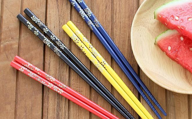 BS khuyến cáo: 3 loại đũa này tuyệt đối không nên mua về dùng, rất có hại cho sức khỏe