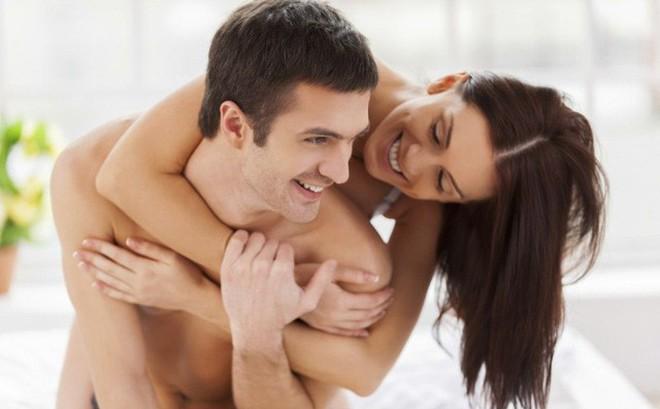 """5 cách nhận biết hai bạn có hợp nhau trong """"chuyện ấy"""" hay không: Hãy xem để tự đánh giá!"""