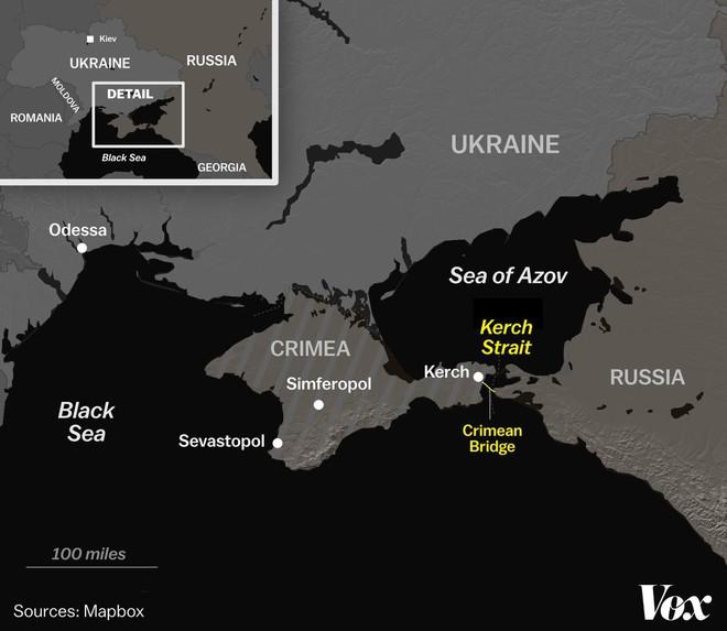 Ukraine bất ngờ tố chiến đấu cơ Su-30 Nga nã rocket vào 3 tàu hải quân  - Ảnh 2.
