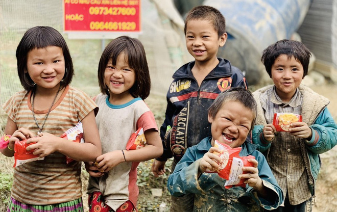 Chắp cánh ước mơ cho trẻ em nghèo tỉnh Hà Giang - Ảnh 1.