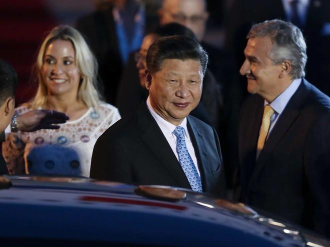 G20 Argentina: Ông Tập Cận Bình được đón tiếp rầm rộ còn TT Donald Trump thì không - Ảnh 9.