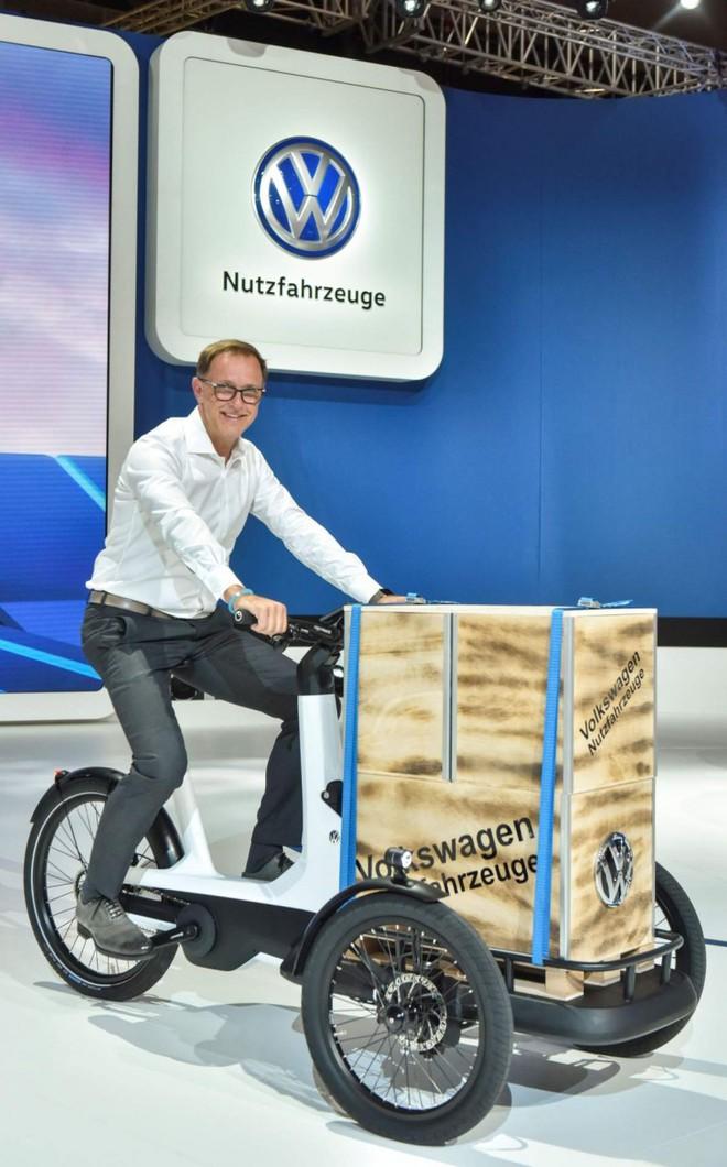 Volkswagen ra mắt… xe bán kem cực độc, nếu muốn khởi nghiệp thì nên mua một chiếc - Ảnh 1.