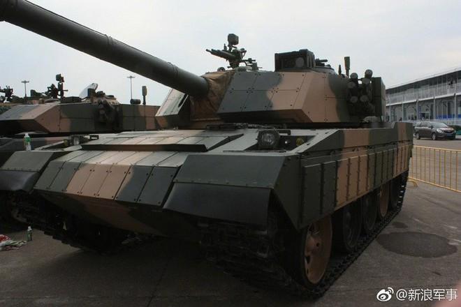 Hoa mắt trước gia đình xe tăng Type 59 nâng cấp tại Zhuhai Airshow 2018 - Ảnh 1.