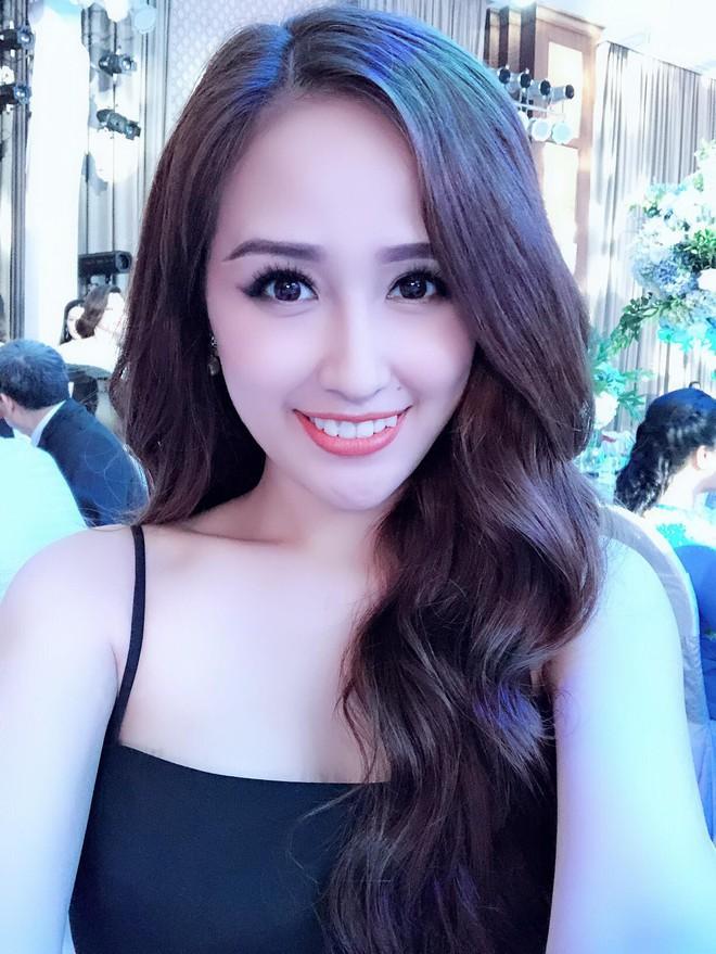 """Hoa hậu Mai Phương Thúy và Phương Hằng """"Gạo nếp gạo tẻ"""" giống nhau như chị em một nhà - Ảnh 2."""