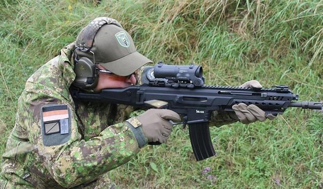 Ảnh: Mổ xẻ sức mạnh súng trường tấn công HK433 của Đức - Ảnh 10.
