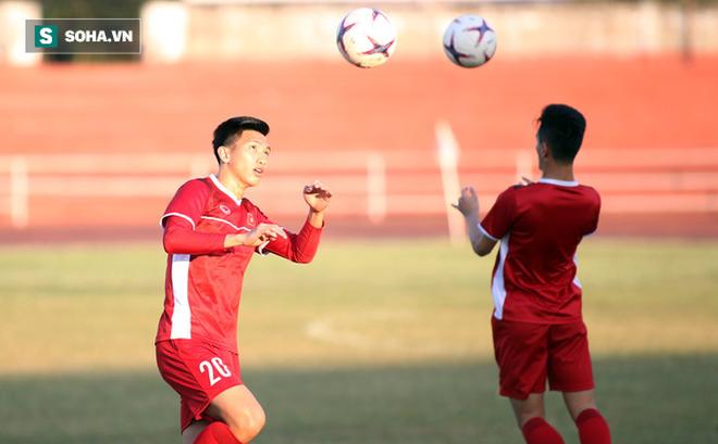 BTC AFF Cup hết lời ca ngợi lứa trẻ của Việt Nam, chờ thầy trò HLV Park trỗi dậy đoạt cúp