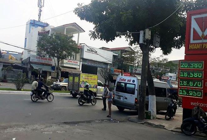 Chủ tịch Đà Nẵng: Tôi mang máy ảnh ra chụp, họ chạy tán loạn - Ảnh 1.