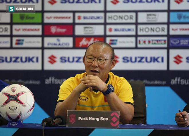 HLV Park Hang-seo sợ khó thắng, thuyền trưởng Lào ôm mộng có 3 điểm trước Việt Nam - Ảnh 1.