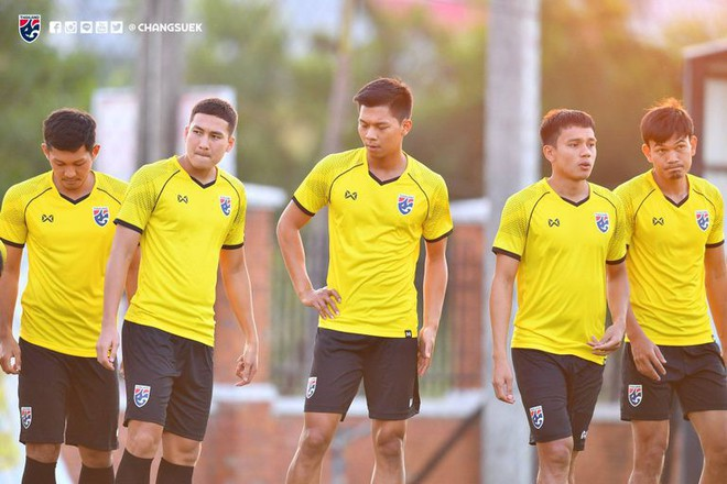 Sao Thái Lan thận trọng, gọi tên Việt Nam là đối thủ đáng gờm nhất ở AFF Cup - Ảnh 1.