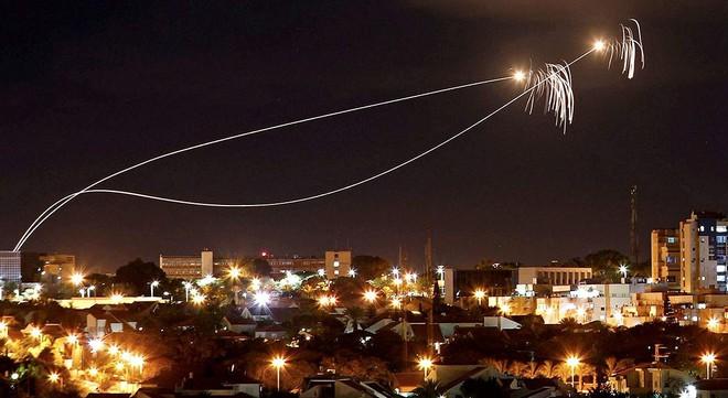 Điều đáng sợ nhất đã xảy ra với cả phòng không Syria lẫn Israel: Hậu quả lớn - Ảnh 3.
