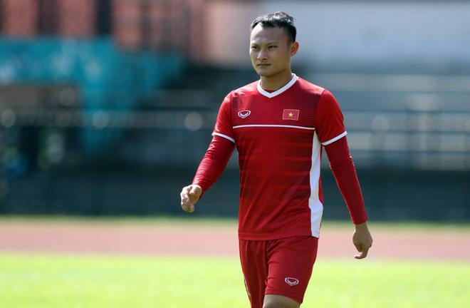 Mẹ cầu thủ Phan Văn Đức dặn con chơi máu lửa, ghi bàn thắng quyết định vào lưới Malaysia - Ảnh 6.