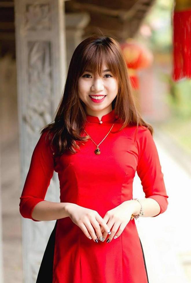 Bất ngờ với dung mạo 3 cô em gái của dàn cầu thủ Việt, em gái Công Phượng dậy thì thành công không tin nổi - Ảnh 8.