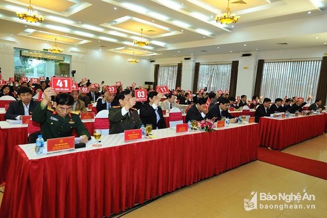 Chân dung tân Phó Chủ tịch tỉnh 44 tuổi của Nghệ An - Ảnh 1.