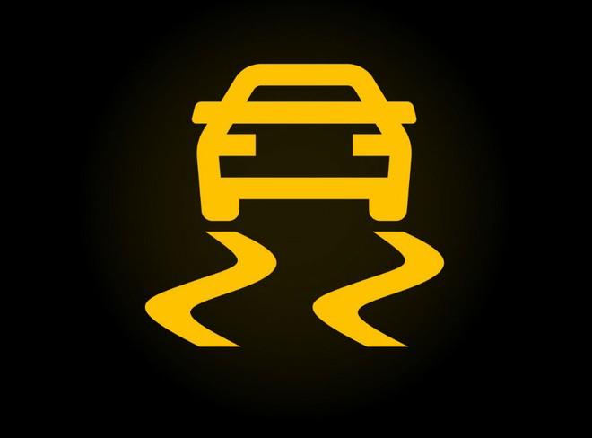 15 biểu tượng đèn cảnh báo trên ô tô không phải ai cũng biết: Đọc để biết cách xử lý - Ảnh 4.