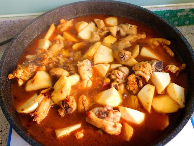 Món ăn giản dị từ thịt gà này là món không thể thiếu trong gia đình tôi vào mùa đông - Ảnh 4.