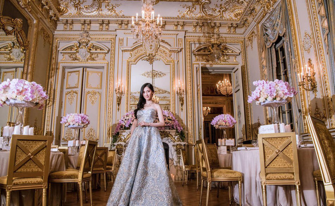 Từng định đi làm thêm để phụ giúp gia đình, cô gái bất ngờ phát hiện bố mình là CEO giàu sụ, còn mẹ là diễn viên TVB nổi tiếng - Ảnh 4.