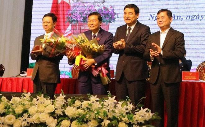 Chân dung tân Phó Chủ tịch tỉnh 44 tuổi của Nghệ An