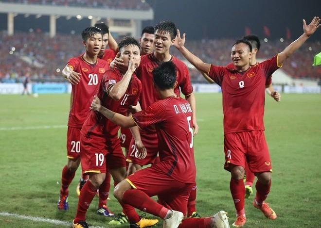 HLV Park Hang-seo sẽ làm gì nếu Quang Hải bị Malaysia phong tỏa? - Ảnh 1.