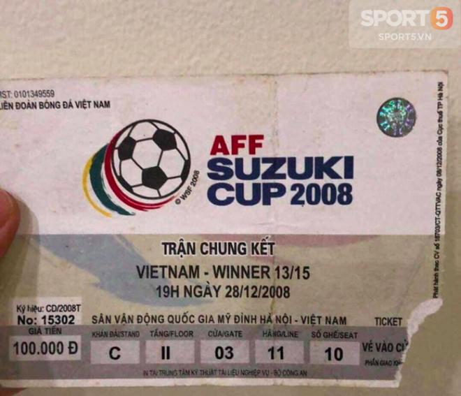 Đây là chiếc vé đưa người hâm mộ trở về ký ức Việt Nam vô địch AFF Cup 10 năm trước - Ảnh 1.