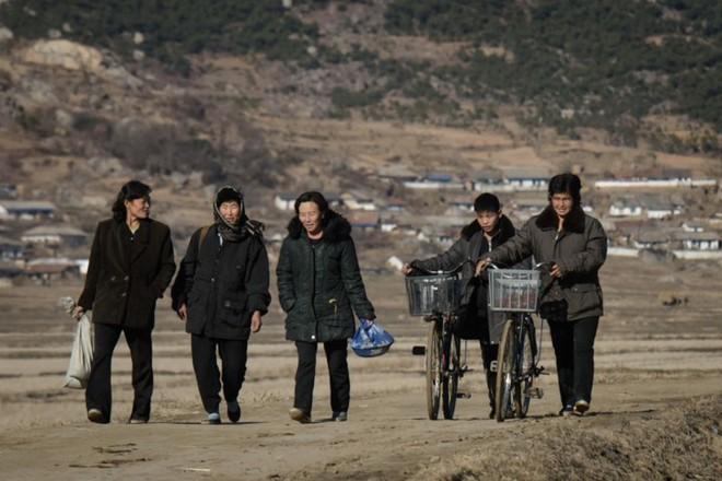 Hình ảnh đẹp về đất nước Triều Tiên trong mùa Đông buốt giá - Ảnh 4.