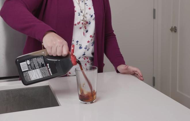 Giải mã vụ án: Người phụ nữ chết não vì uống 1 lít xì dầu để detox - Ảnh 1.