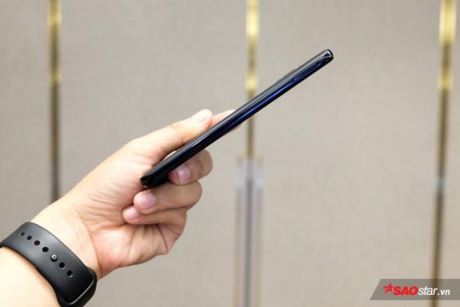 Trên tay Joy 1+ và Joy 1, hai chiếc smartphone ngon, bổ, rẻ của VSmart - Ảnh 13.