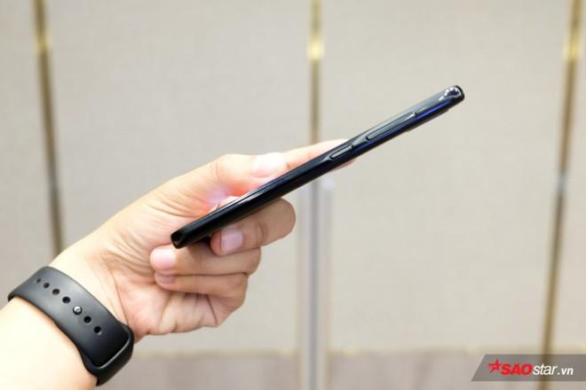 Trên tay Joy 1+ và Joy 1, hai chiếc smartphone ngon, bổ, rẻ của VSmart - Ảnh 14.