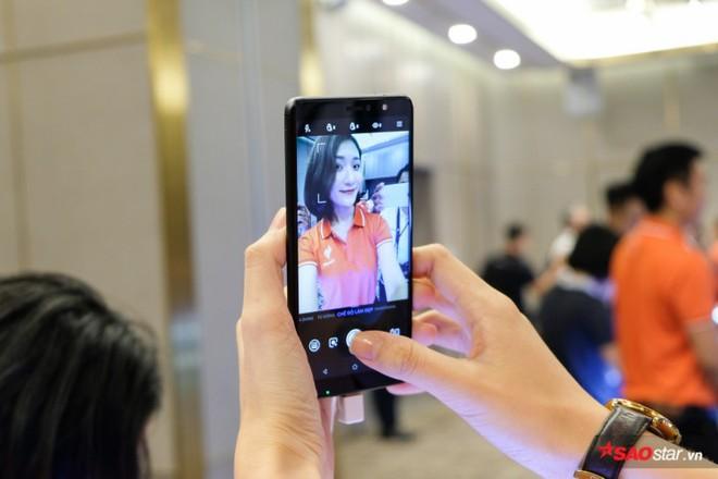Trên tay Joy 1+ và Joy 1, hai chiếc smartphone ngon, bổ, rẻ của VSmart - Ảnh 15.