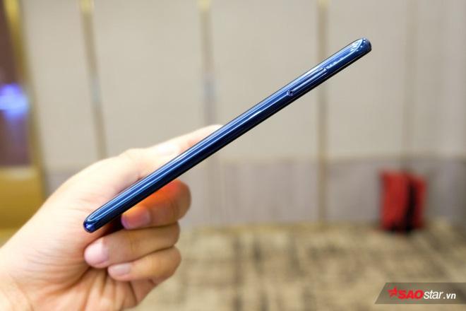Trên tay Joy 1+ và Joy 1, hai chiếc smartphone ngon, bổ, rẻ của VSmart - Ảnh 4.