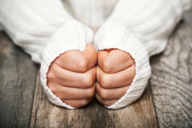Mùa đông đi ra đường mà không đeo găng tay, coi chừng gặp phải hàng loạt vấn đề nguy hại - Ảnh 5.