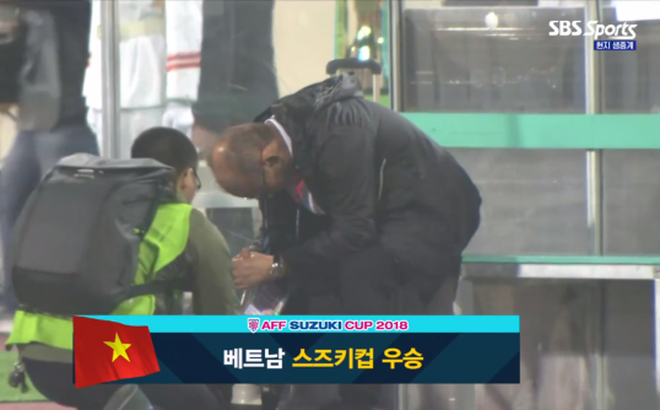 Báo Hàn Quốc chia sẻ bí quyết thành công của HLV Park Hang-seo
