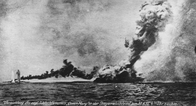 Trận hải chiến đẫm máu Anh - Đức: Những giây phút nghẹt thở - Ảnh 2.