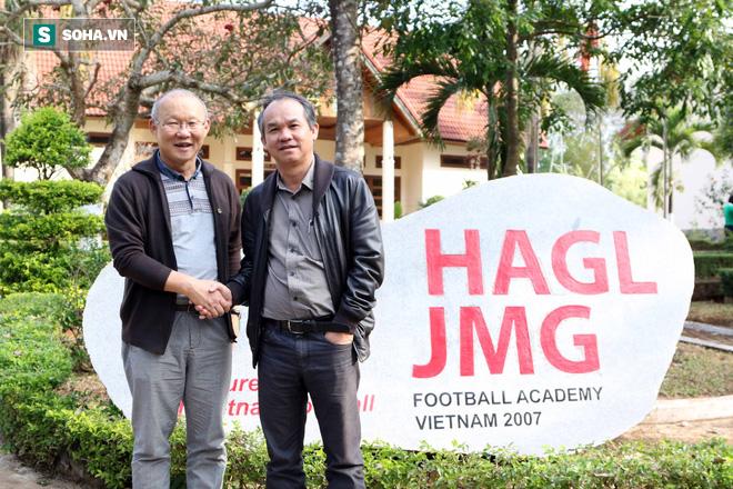 Cảm ơn bầu Đức, liệu đã là đủ cho kỳ tích của bóng đá Việt Nam? - Ảnh 1.