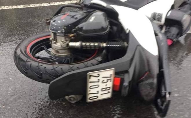 Cô gái chạy xe SH tử vong khi tông vào xe máy cùng chiều