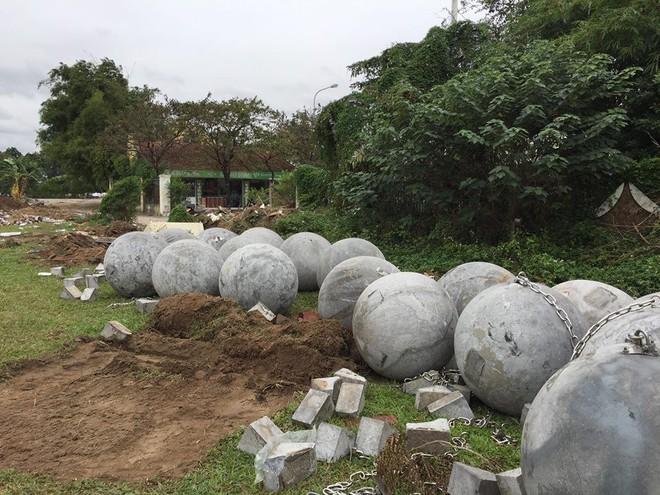 Cận cảnh 40 quả bóng xích sân Mỹ Đình chưa rõ số phận sau khi đội tuyển Việt Nam vô địch - Ảnh 4.